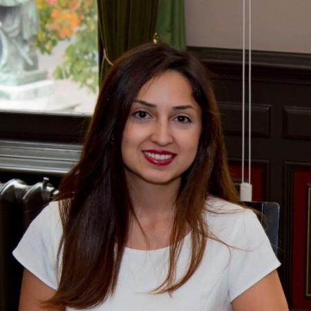 Niloufar Farzan